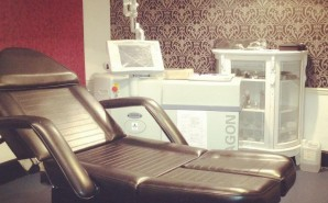 laser removal and cosmetic treatment room